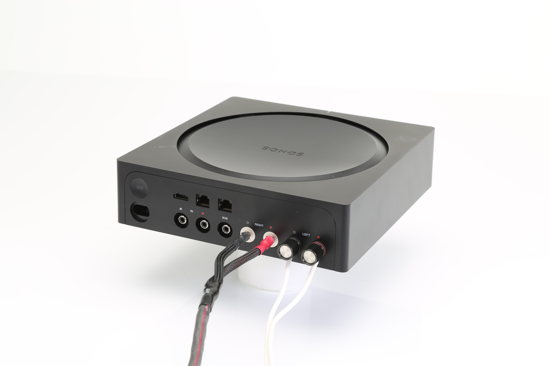 Du kan koppla en splittad RCA till left/right in på subben med singel änden Fanns ingen ren 5.1+bi-amp utan bara 7.1+bi-amp vilket kändes som.